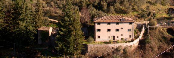 Villa vendita BAGNI DI LUCCA (LU) - 7 LOCALI - 385 MQ