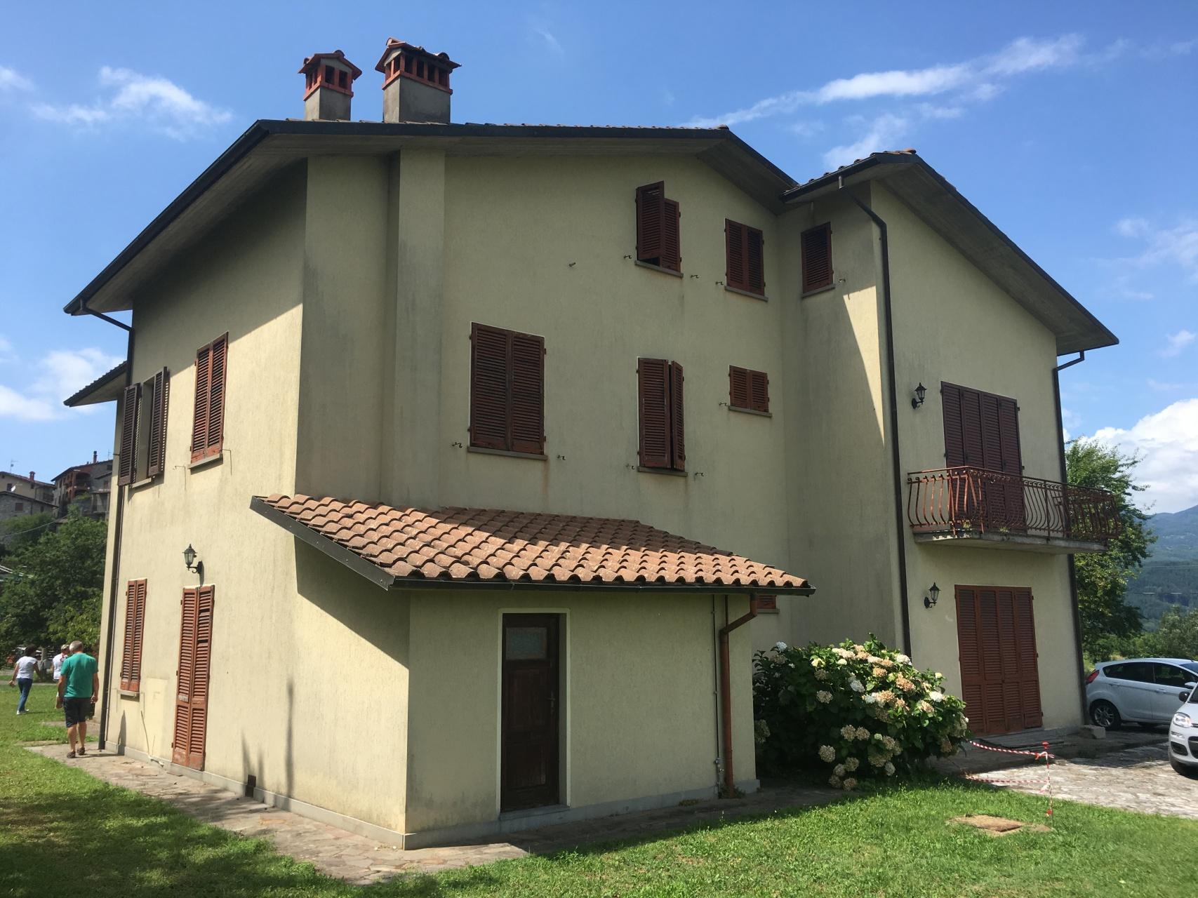 foto In posizione panoramica a 360° sulla vallata…Grananella, Garfagnana, Lucca