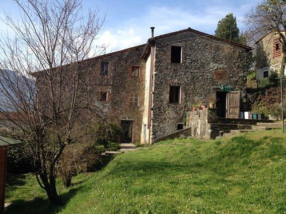 foto Casa rurale recentemente ristrutturata con l'ex fienile trasformato…