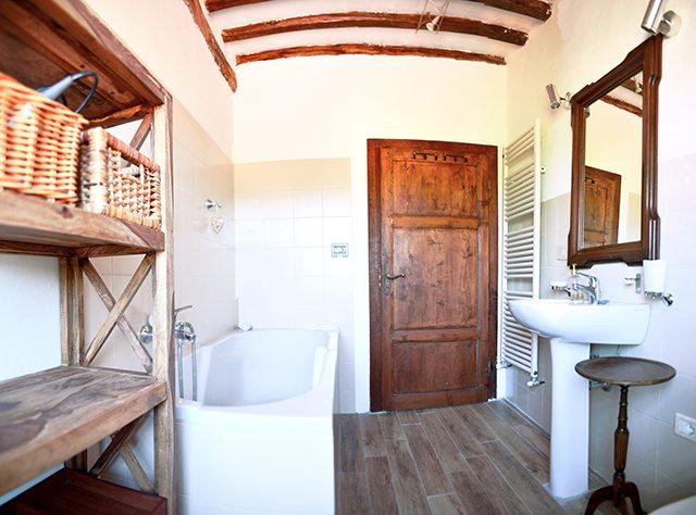 foto Piccolo appartamento nelle vicinaze del centro storico di Barga