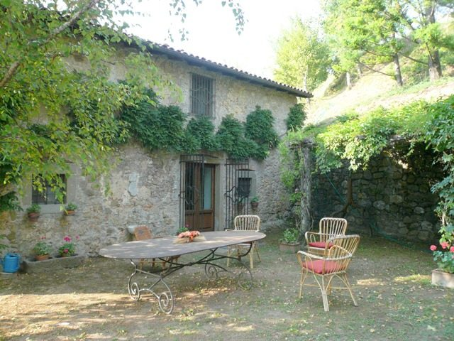 Casa Indipendente vendita CASTIGLIONE DI GARFAGNANA (LU) - 7 LOCALI - 300 MQ