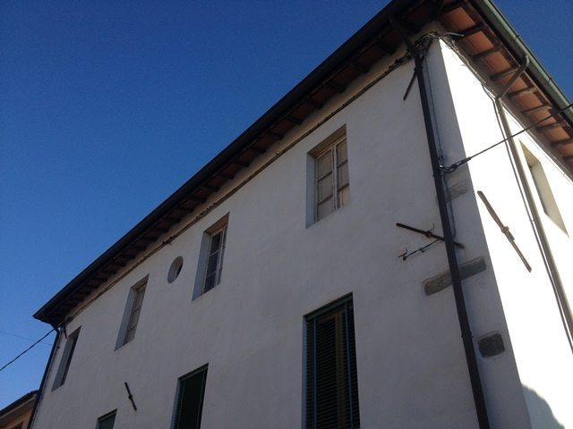 foto Spazioso appartamento al primo piano di un palazzo storico vicino Barga, Lucca