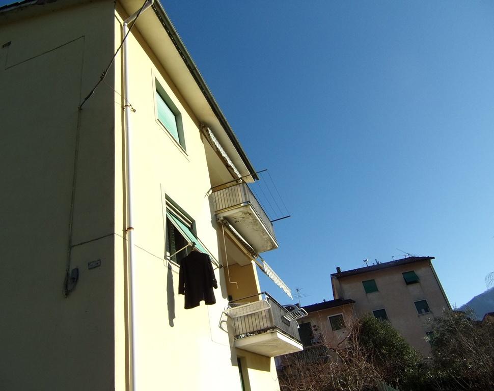 vendita appartamento bagni di lucca   95000 euro  7 locali  95 mq