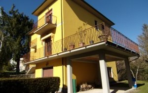 Detached Villa a Camporgiano
