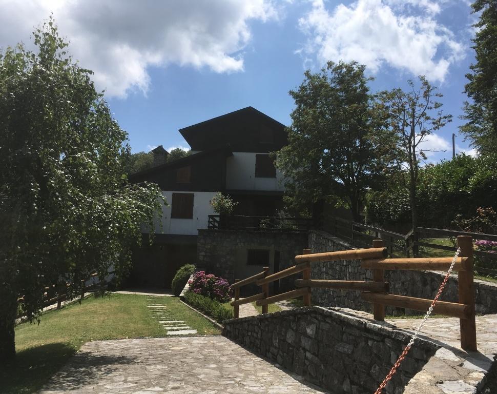 foto Piacevole casa indipendente con spazio esterno vicino a Careggine, Lucca