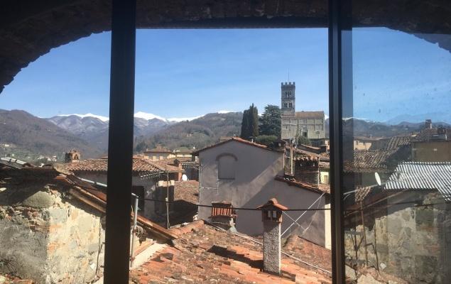 Panoramic apartment Barga, Lucca.