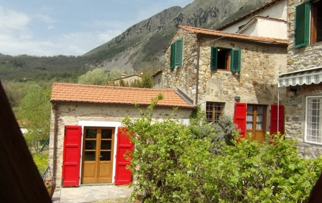 group of houses ideal for holiday rental