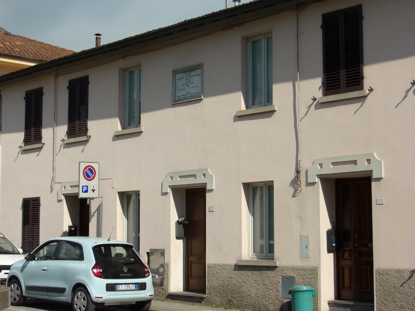 foto Casa ristrutturata con 2 camere da letto, 2 bagni, spazio esterno, Barga, LU