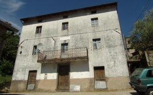 Palazzo a Fabbriche di Vallico