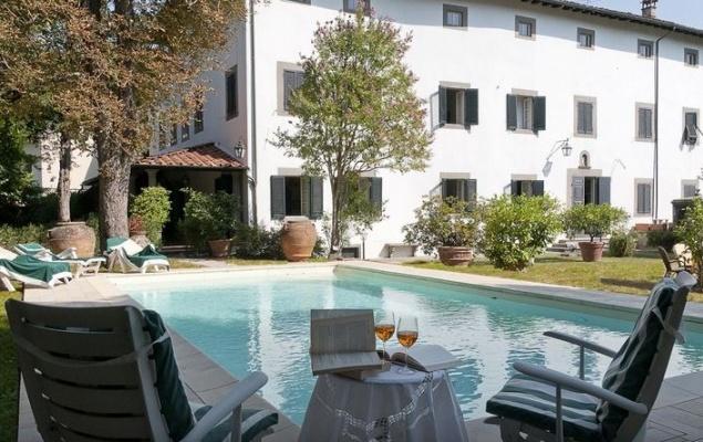 Villa hospitality