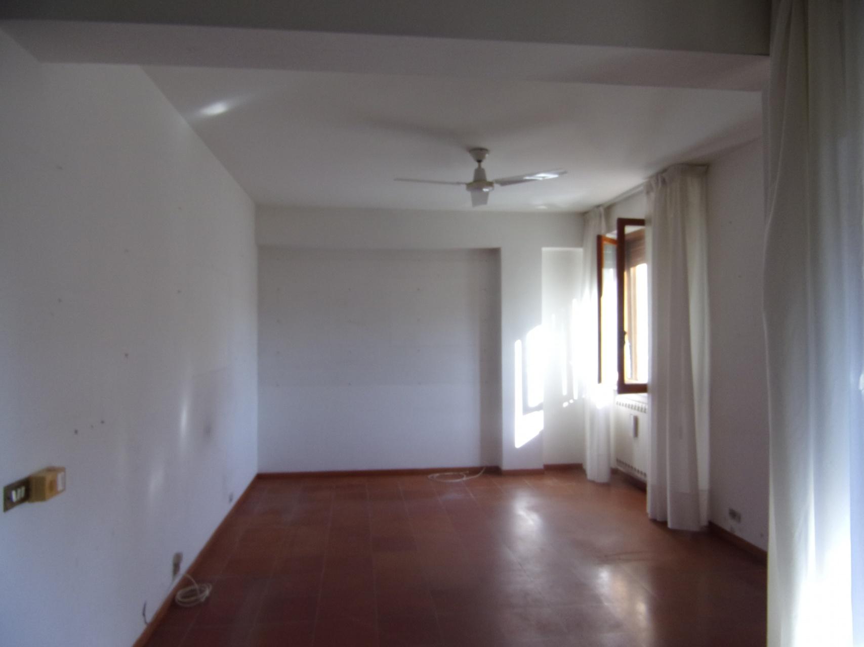 foto Appartamento con garage, Barga, Lucca