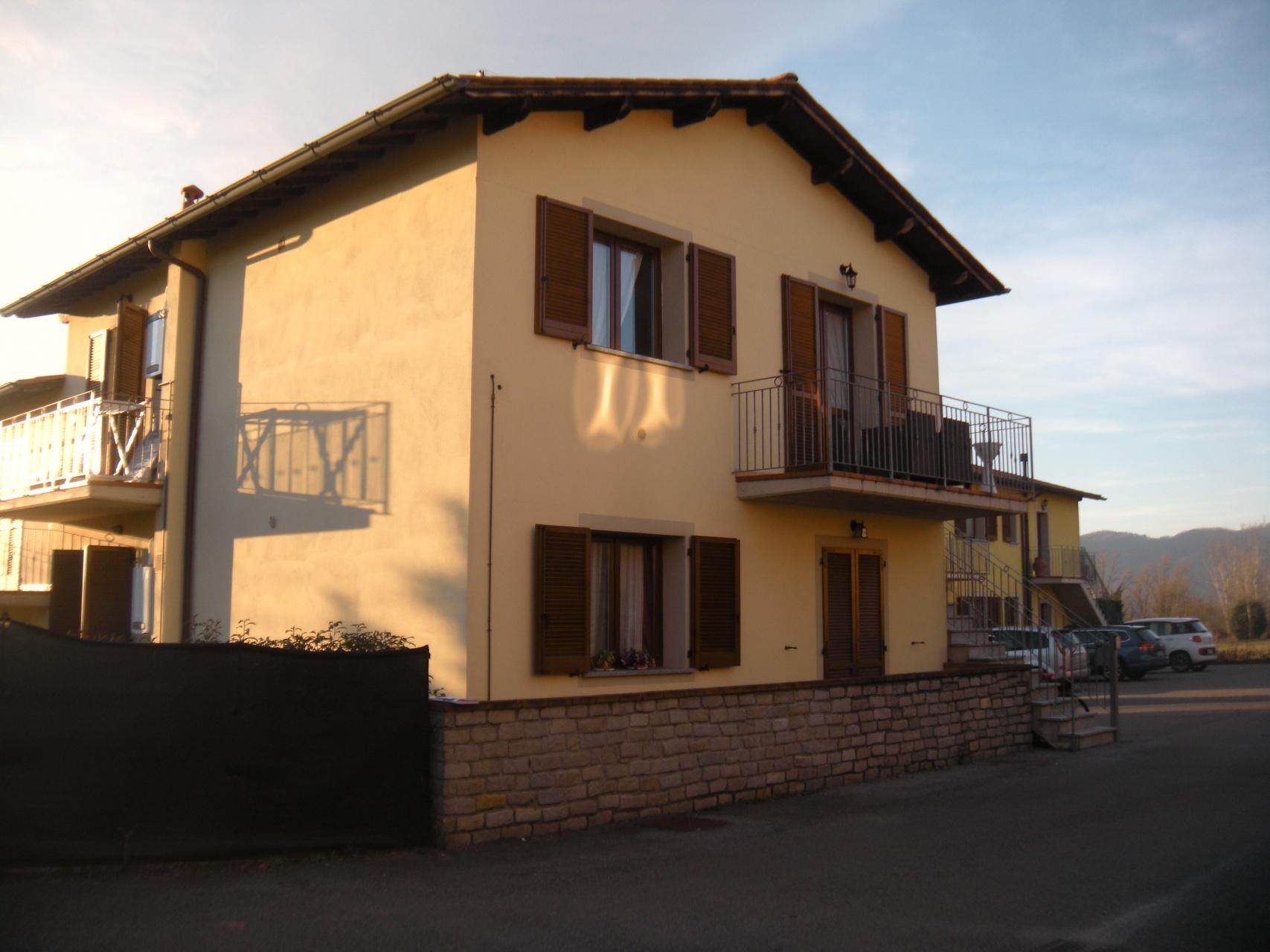 foto Appartamento nuovo 75m2 Barga, Lucca